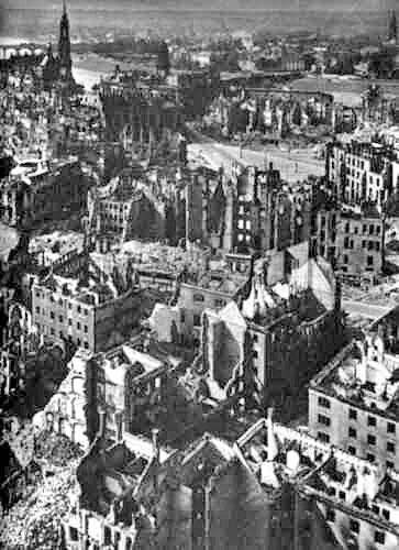 Dresden1945.jpg